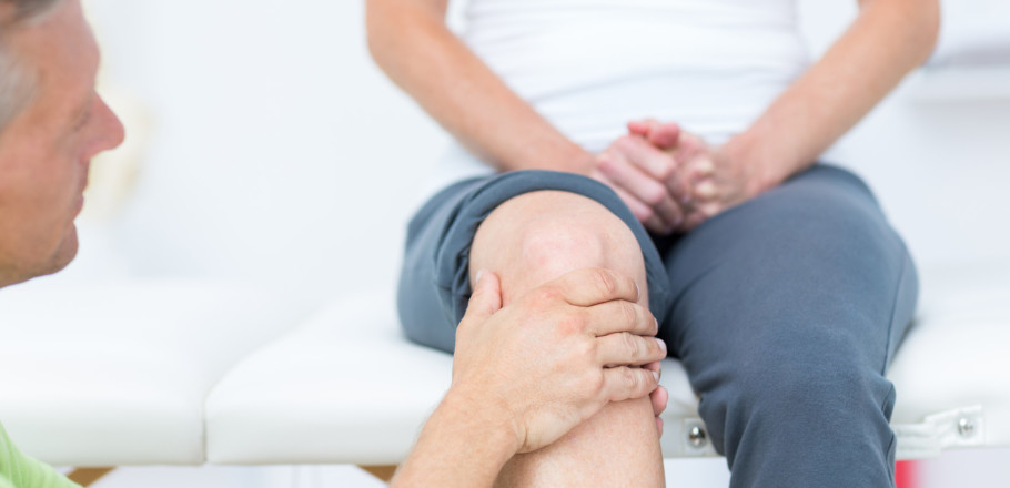 Artrite, come si manifesta e quali sono i rimedi